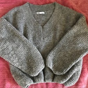 ZARA oversized V-Neck grey sweater